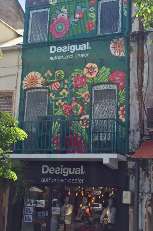 Desigual store front