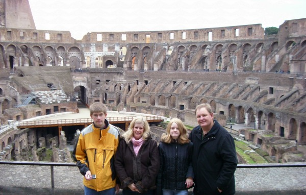 10 Reasons You Should Travel with Your Kids Roman Colosseum pebblepirouette.com